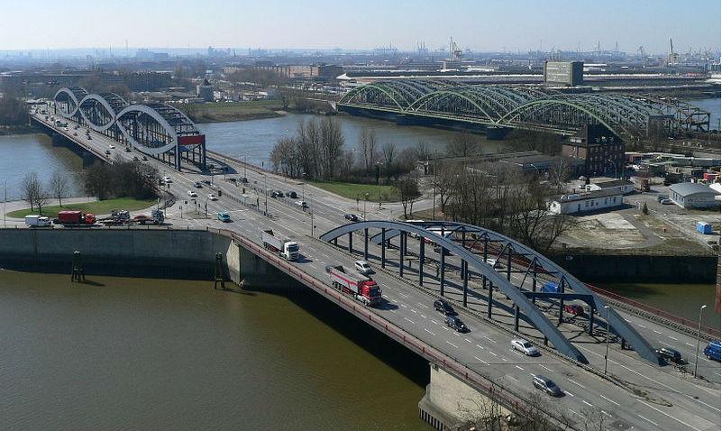 Hamburg autor: wmeinhart zdroj: Wikimedia commons