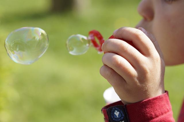 Děti autor: Efraimstocher zdroj: Wikimedia commons